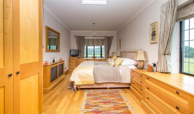 Master Bedroom Full
