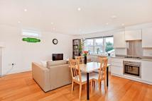 Flat in Russell Road, WImbledon...
