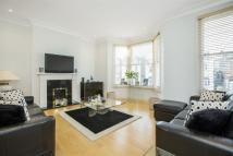 Flat for sale in Woodside, Wimbledon, SW19