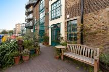 2 bedroom Flat to rent in New Wharf Road N1 9RS