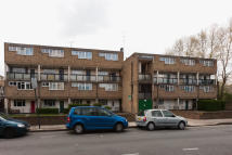 property to rent in Hawthorne Close N1 4AW