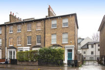 2 bed Apartment to rent in Graham Street E8 1BZ