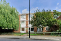 Apartment to rent in Southgate Road, London