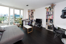 Apartment in Wharf Road N1 7EW