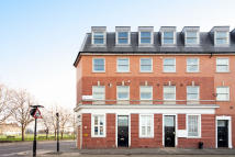 Apartment in Eagle Wharf Road N1 7EY