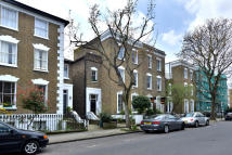 2 bedroom Apartment in Englefield Road N1 3LH