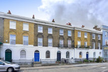 Terraced house in Shepherdess Walk, N1 7QA