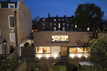 5 bed Detached house for sale in Hyde's Place, N1 2XE