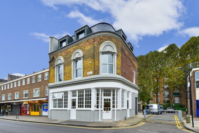 Hoxton Street, N1...