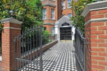 3 bed Flat to rent in Ashburnham Road, Chelsea...