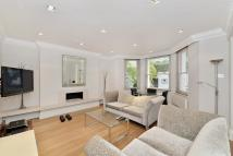 2 bed Flat in Palace Gardens Terrace...