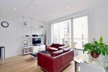 Flat to rent in Gatliff Road, Pimlico...