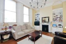 3 bed Flat in Courtfield Gardens...