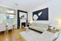 2 bedroom Flat in Fawcett Street, Chelsea...