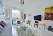 4 bedroom Flat in Phillimore Gardens...