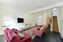 4 bedroom home in Ponsonby Terrace...