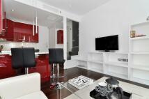 2 bedroom Flat in Craven Road, Paddington...