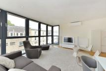 2 bed Flat to rent in Fulham Road, Chelsea...