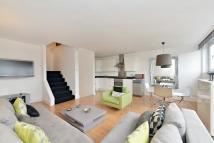 Flat to rent in Semley Place, Belgravia...