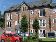Apartment to rent in Barton Street, Farnworth...