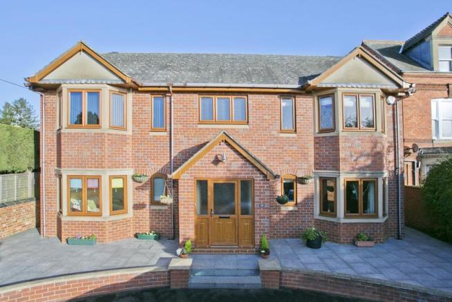 5 Bedroom Detached House For Sale In Hatton Street Wellingborough Northamptonshire Nn8 Nn8