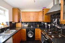Terraced home to rent in Rivington Crescent...