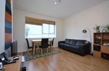 2 bedroom Flat in Birkbeck Road, Mill Hill