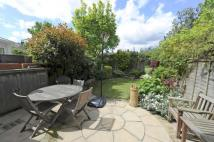 4 bed Terraced home in Abbotstone Road, SW15