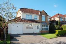 Detached property in Shields Close...