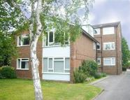 2 bed Flat to rent in Marlowe House, SW20