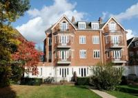 property to rent in Holly Lodge, SW19