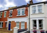 2 bed Flat in Evelyn Road, SW19