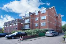 Flat to rent in Gordon Court, SW20