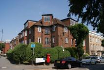 Flat to rent in Worple Court, SW19