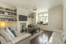 3 bed home in Edna Road, SW20