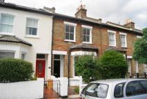 4 bed home to rent in Gladstone Road, SW19