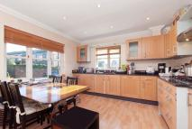 4 bedroom Detached home to rent in Hillview, London, SW20