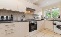 2 bedroom Detached house to rent in Mill Road, London, SW19