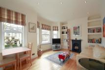Maisonette to rent in Cromwell Road, SW19