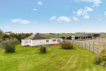 3 bed Detached Bungalow for sale in CAMBS, Soham Fen...