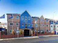 Flat to rent in Milton Road, Southsea...
