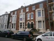 2 bedroom Flat to rent in Elphinstone Road...