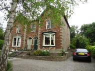 5 bed semi detached house in South Road...