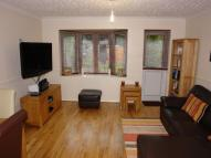 2 bed property to rent in Westward Road, Chingford...