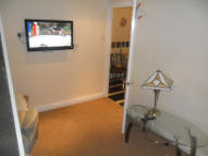 Flat to rent in Rydal Avenue, Reading...