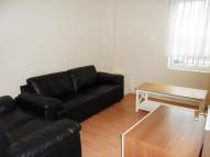 Flat in CAVERSHAM ROAD, Reading...