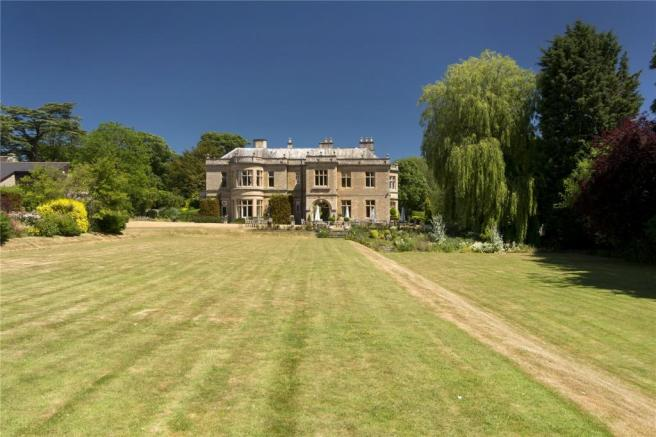 Picture No  01. 12 bedroom house for sale in Wadenhoe  Oundle  PE8