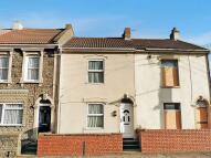 2 bed Terraced house in Hanham Road, Kingswood...