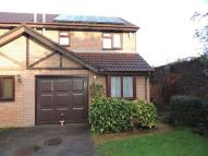 21 Thurstons Barton semi detached property to rent