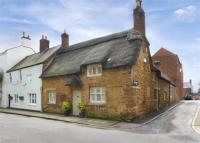 4 bedroom property for sale in High Street East...